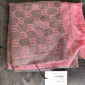 Gucci scarf- never worn